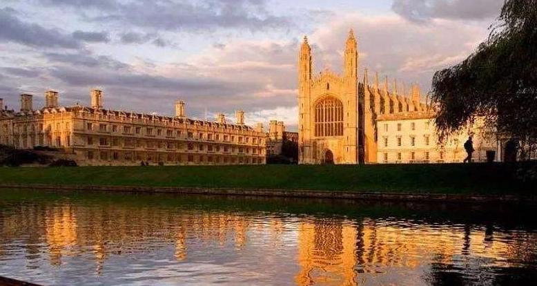 英国留学文学专业优势院校有哪些